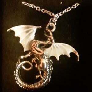 FairyLoot Glow in the Dark Dragon Necklace